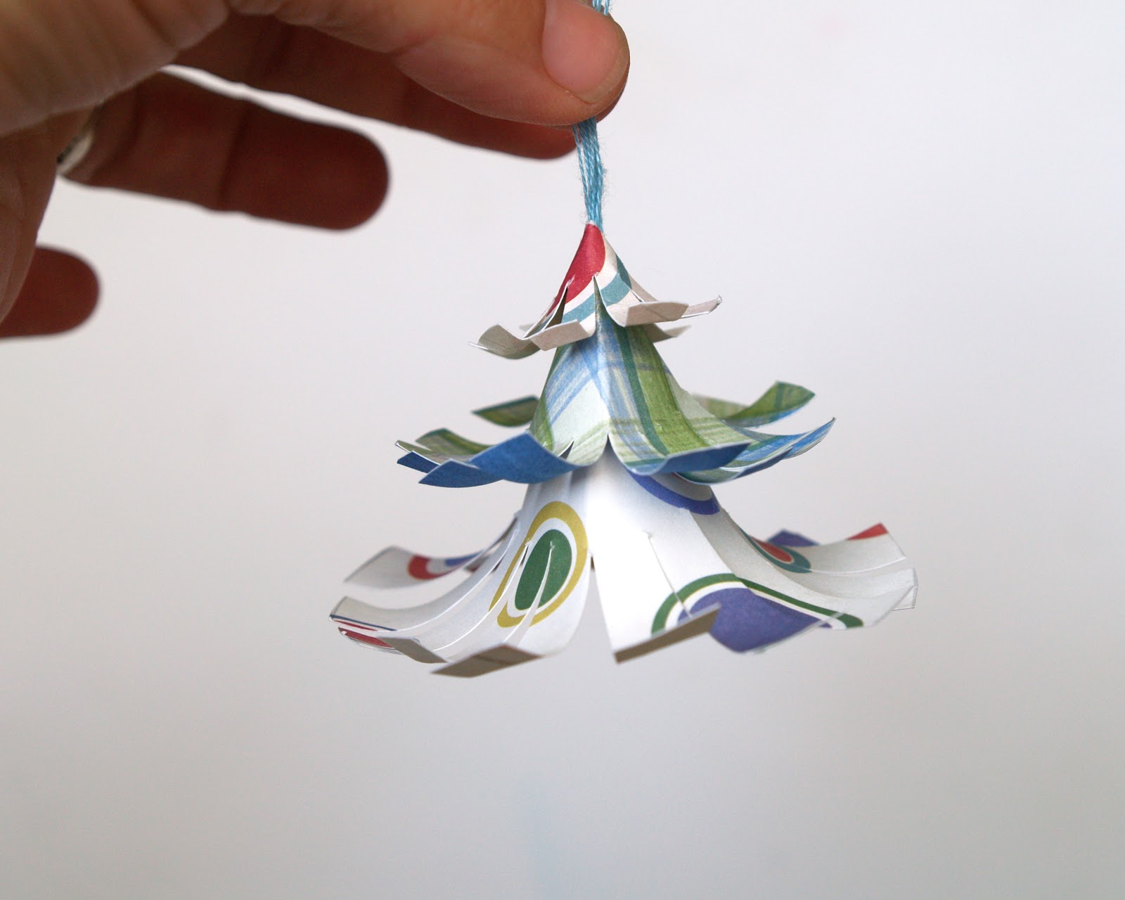 DIY Colorful Christmas Tree Ornament | ChristmasOrnaments.com